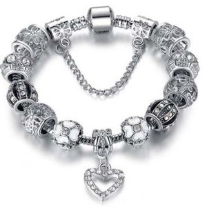 Jewelry - 18K White Gold Plated Crystal Heart Charm Bracelet